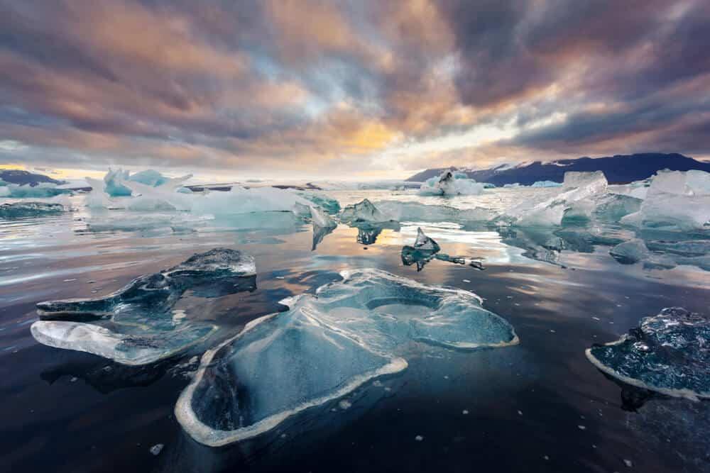 Jökulsárlón glacier lagoon in Vatnajökull National Park