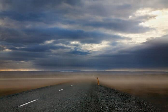 Sandstorms in Iceland on the Ring Road