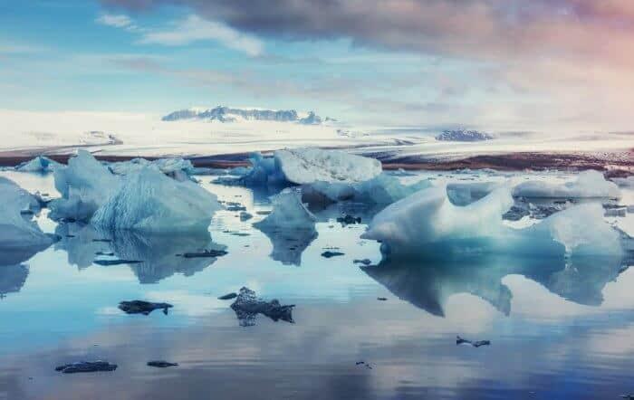 Kayaking in Jokulsarlon glacier lagoon bay in Iceland