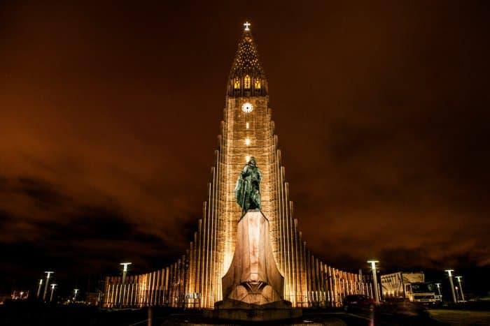 Reykjavik church at night