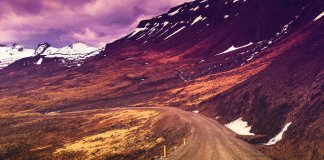 Iceland's Ring Road main stops with mountains in the background