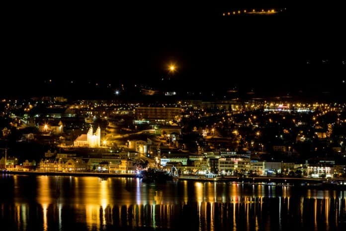 Akureyri at night. What are the best bars, restaurants and cafés?