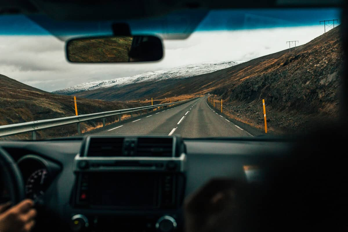 Plan a trip to Iceland in car, camper, or motorhome