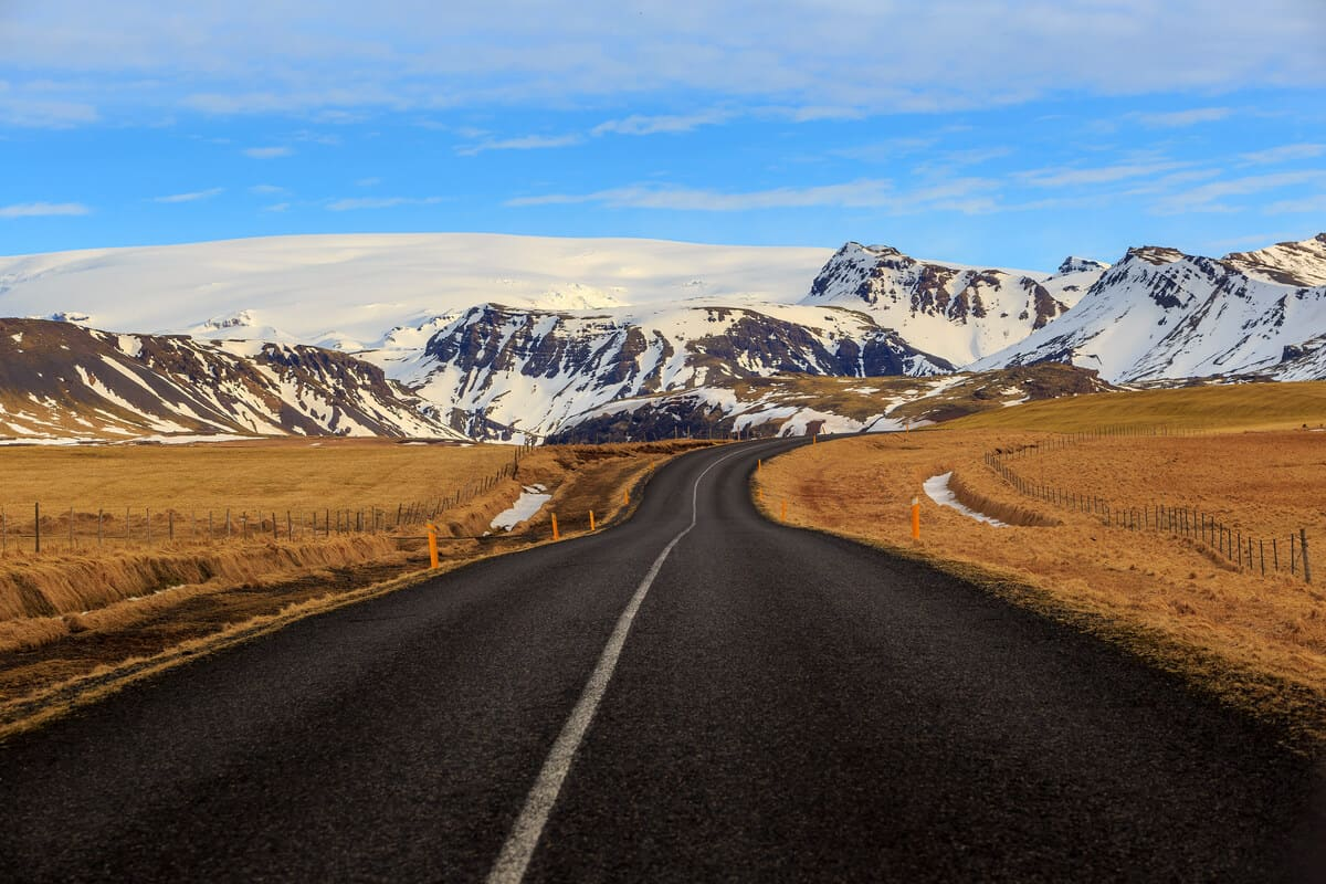 Iceland day tours take you around the Ring Road
