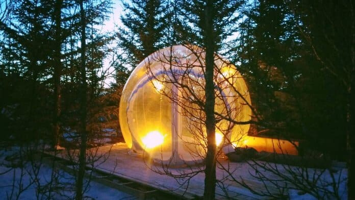Iceland igloo hotel bubble